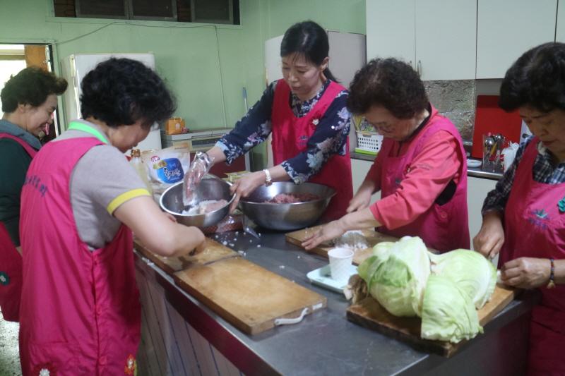 5월 세계음식 먹는날 (몽골 음식)